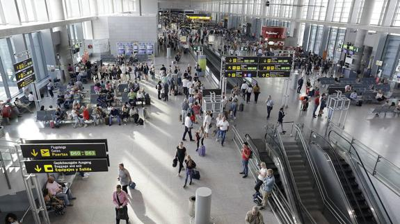 Passenger numbers at Malaga Airport rose by 7.3% in the first four months of this year